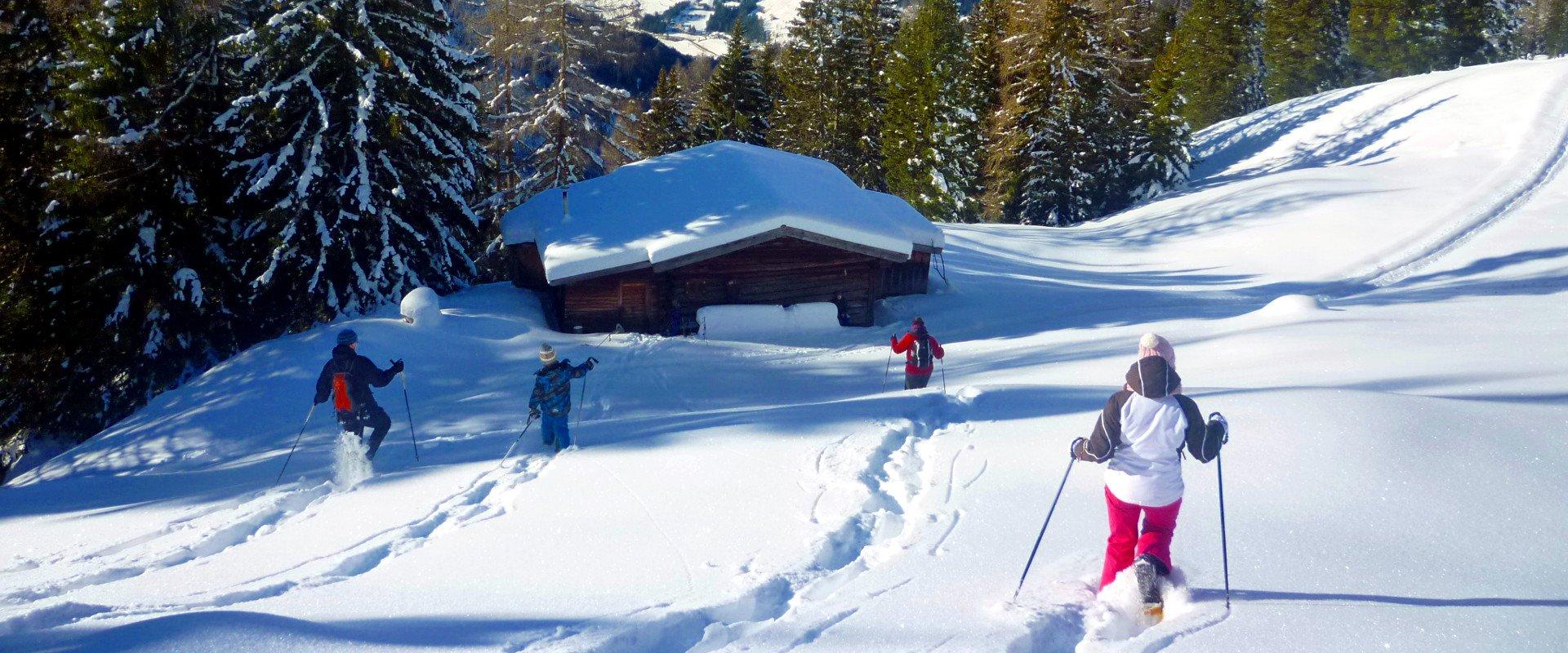 urlaub-bauernhof-dolomiten-unsere-alm-winter-6
