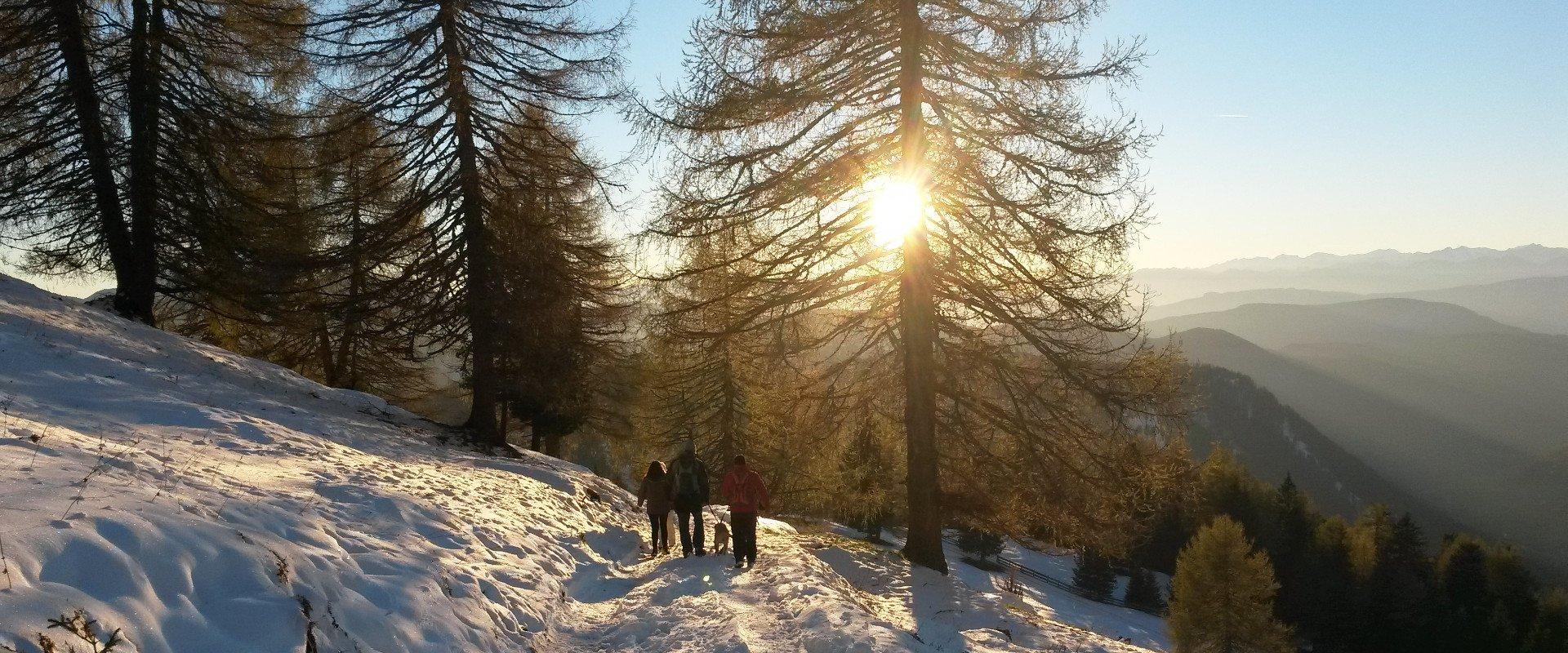 urlaub-bauernhof-dolomiten-winter-wintersonne
